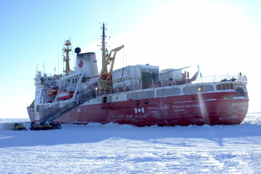 The research icebreaker Amundsen, -47ºC